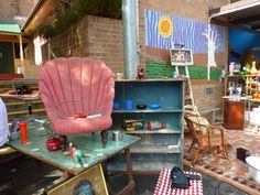 Recycled and upcycled design ideas from Sydney's resident opshopaholic. Outdoor Chairs, Outdoor Furniture, Outdoor Decor, Flea Market Decorating, Easy Like Sunday Morning, Flea Markets, Botanical Gardens, Sydney, Stuff To Do