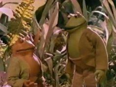"""▶ """"Garden Story"""" Frog and Toad Together - YouTube"""