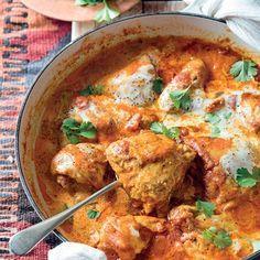 Dié uittreksel uit Arina se nuwe boek, Plaaskos, is voorwaar 'n wenner. Spicy Recipes, Curry Recipes, Meat Recipes, Indian Food Recipes, Chicken Recipes, Cooking Recipes, Healthy Recipes, Ethnic Recipes, Recipies