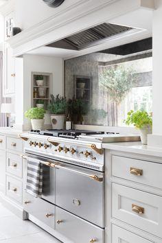 Open Plan Kitchen Living Room, Home Decor Kitchen, New Kitchen, Kitchen Dining, Decorating Kitchen, Dining Rooms, Decorating Ideas, Contemporary Kitchen Interior, Interior Design Kitchen