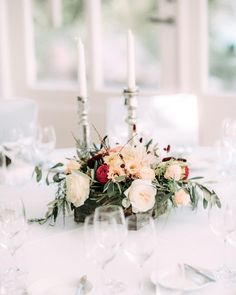 Lots of laughs & bubbly around these tables on our wedding day - Arctic Vanilla blog. Photo by Petra Veikkola.