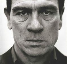 Tommy Lee Jones, Nigel Parry - 50 Famous Portrait Photographers You Need to See Tommy Lee Jones, Famous Portrait Photographers, Famous Portraits, Celebrity Portraits, Famous Men, Famous Faces, Foto Face, Photo Star, Performing Arts