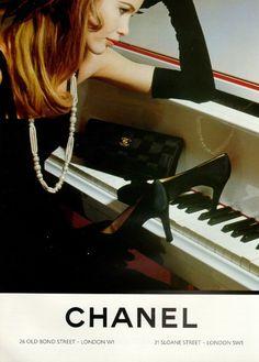 Chanel ad - Claudia Schiffer