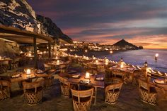 Not a big fan of traveling to Mexico, but after seeing this I think I've changed my mind.  CHIC COASTAL LIVING: Capella Pedregal in Cabo San Lucas