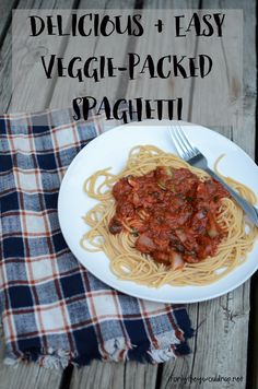 Delicious and easy veggie-packed spaghetti! The kids will love this.