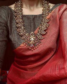 11 amazing saree styles looks to inspire you 1 Indian Attire, Indian Wear, Indian Outfits, Indian Style, Saree Jewellery, Jewellery Sale, Bollywood Jewelry, India Jewelry, Jewellery Designs