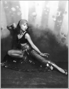 Anna May Wong, photographed by Ruth Harriet Louise, 1929.