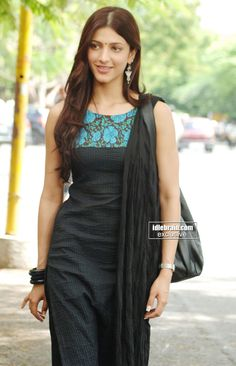Shruti Hassan | Dress