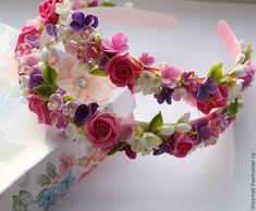 Handmade Flowers, Handmade Crafts, Diy And Crafts, Kanzashi Flowers, Felt Flowers, Polymer Clay Flowers, Polymer Clay Jewelry, Diy Hair Wreath, Flower Girl Headbands