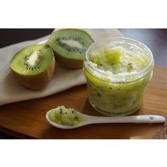 homemade kiwi coconut body scrub!