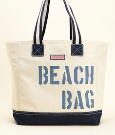 I should paint one of my many totes like this...