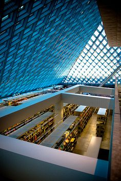 Seattle Public Library- I loved it here! Huge, gorgeous, breathtaking. I wanted to move in.