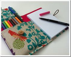 Love this idea! :) would be nice to make and keep in my purse to doodle on the go