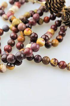 Sima-polodrahokamy / jaspis mokait 10 mm korálky Beaded Bracelets, Jewelry, Malachite, Jewlery, Jewerly, Pearl Bracelets, Schmuck, Jewels, Jewelery