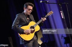 John Mayer performs at the 'Cool Comedy - Hot Cuisine' To Benefit The Scleroderma Research Foundation