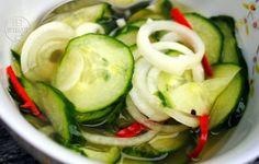 Zure komkommersalade/ acar ketimun