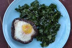 baked portobella mushroom egg from Cook Like Kayla (www.cooklikekayla.com)