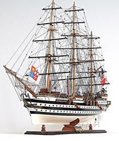 "Amerigo Vespucci Italian Tallship Limited edition Model Ship 36"" 1930 Authentic - Wooden"