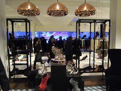 Void Light - Tom Dixon - Chaussures par Giuseppe Zanotti -  Le Bon Marché Rive Gauche - Paris