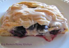 Big Mama's Home Kitchen: Blueberry Cream Cheese Danish. and Spring Break or Cinnamon Apple Breakfast Pastries, What's For Breakfast, Breakfast Recipes, Paleo Dessert, Delicious Desserts, Dessert Recipes, Strudel, Croissants, Blueberry Danish
