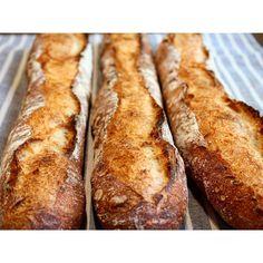 本日も人気のバゲット | OPAN オパン|東京 笹塚のパン屋