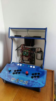 Gaming Cabinet, Arcade Cabinet Plans, Arcade Console, Mini Arcade, Retro Arcade, Arcade Bartop, Raspberry Projects, Computer Projects, Gaming Station