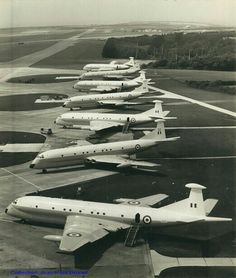 Air Force Aircraft, Ww2 Aircraft, Military Jets, Military Aircraft, De Havilland Comet, South African Air Force, F14 Tomcat, Lancaster Bomber, British Armed Forces