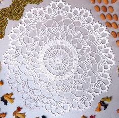 Projects For The Home 20 Free Crochet Round Doily Patterns Crochet Round, Crochet Home, Crochet Crafts, Crochet Projects, Free Crochet Doily Patterns, Crochet Symbols, Crochet Motif, Free Pattern, Crochet Edgings