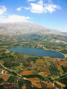 Lake Ram near Mount Hermon in the northeastern Golan Heights, Israel Heiliges Land, Mount Hermon, Terra Santa, Visit Israel, Israel Palestine, Palestine People, Sea Of Galilee, Holy Land, Strand