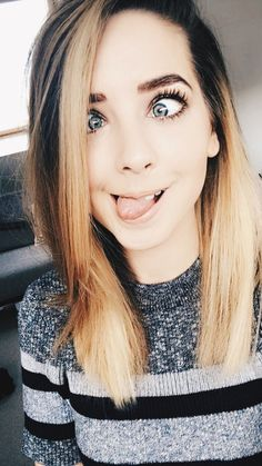 Zoe Sugg: adorably perfect in every way. Zoella Beauty, Beauty Makeup, Hair Beauty, Zoella Hair, Hair Inspo, Hair Inspiration, Selfies, Zoe Sugg, Girl Online