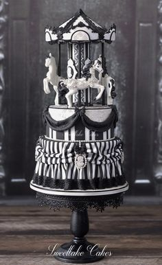"""Tamara Woutersen (Gemeente Zoetermeer, Netherlands) Gothic, victorian, steampunk and vintage / I am a self taught hobby baker that loves making cakes inspired by gothic/victorian/steampunk fashion. Next to that style, I also like making vintage, shabby chic cakes. I love texture and am always trying to get a """"fabric"""" look on my cakes. You can also find me here: https://www.facebook.com/SweetlakeCakes/"""