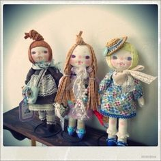 Super adorable dolls from japan. I've never seen anything like these before.