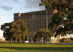 Window Watch: New Windows, Elevator Expected at Michigan Central Station