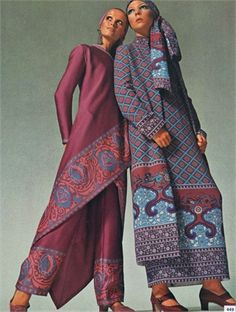 Eastern influenced fashion for Vogue Royal Fashion, Ethnic Fashion, World Of Fashion, Hippie Fashion, 1970s Clothing, Size Clothing, Vintage Vogue, Vintage Fashion, Madame Chic