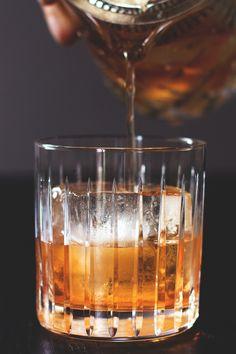 Old Fashioned Cocktail // HonestlyYUM