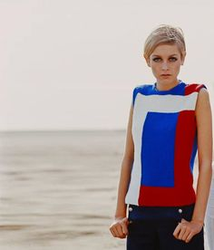 Twiggy in a geometric-nautical look, 1960s.