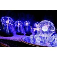 Christmas lights in Paris ❤ liked on Polyvore featuring home, home decor, holiday decorations, christmas lights, xmas lights, paris france home decor, christmas holiday decorations and xmas tree lights