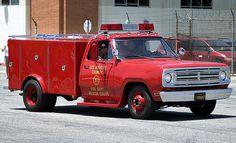Cool Fire Truck on CL (not mine) - The 1947 - Present Chevrolet & GMC Truck Message Board Network Fire Dept, Fire Department, Old Dodge Trucks, Firefighter Emt, Rescue Vehicles, Fire Equipment, Emergency Response, Fire Apparatus, Classic Trucks