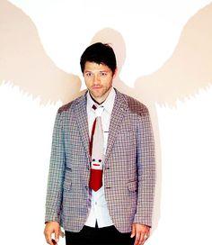 Misha. Cas? Misha... Cas. Misha? Cas! Misha! CAS! MISHA! Guys he's wearing a sock monkey tie!!