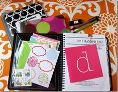 How-to set up and organize your organizer/planner.  Found on Diane Henkler's http://inmyownstyle.com