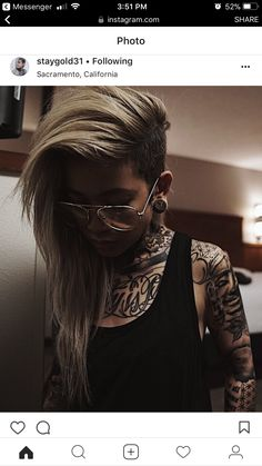 The Effective Pictures We Offer You About undercut long hair grey A quality picture can tell Hair Inspo, Hair Inspiration, Undercut Long Hair, Undercut Bob, Estilo Tomboy, Et Tattoo, Half Shaved Hair, Mohawk Hairstyles, Shaved Hairstyles