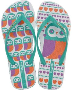 I want these!! My Owl Barn: Ipanema Owl Flip Flops