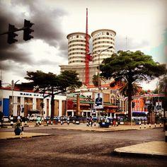A street view of Kenyatta Avenue, Nairobi. Nation Centre can be seen at the background Nairobi City, Kenya Nairobi, Kenya Africa, East Africa, Anna Lee, Kenya Travel, City Scapes, Tanzania, Nice View