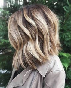 20 Inspiring Blonde Balayage Hair Ideas For 2019 – We have the latest on how to get the haircut, hair color, and hairstyles you want for the season! 20 Inspiring Blonde Balayage Hair Ideas For 2019 20 Inspiring Blonde Balayage Hair Ideas For 2019 Balayage Hair Blonde Medium, Balayage Hair Caramel, Brown Blonde Hair, Hair Color Balayage, Ashy Balayage, Bayalage, Balayage Highlights, Blonde Color, Dark Instagram