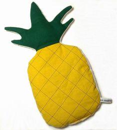 Bouillotte sèche en forme d'ananas : Soin, bien-être par la-chouette-a-pois-roses