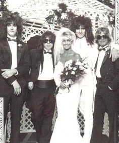 Heather Locklear celebrates her marriage to rocker Tommy Lee Heather Locklear and Tommy Lee's 1986 wedding . with all the Motley Crüe members in attendance. They divorced in She was married to Bon Jovi guitarist Richie Sambora