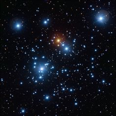 A snapshot of the Jewel Box cluster with the ESO VLT http://buff.ly/2kjsRPG