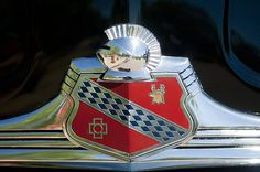 Buick Images by Jill Reger - Images of Buicks - 1947 Buick Emblem Best American Cars, Car Symbols, Car Bonnet, Car Radiator, Car Hood Ornaments, Car Head, Car Signs, Car Badges, Real Steel