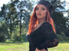 """Jesy looking stunning on set for the music video! Taylor Swift Hair, Taylor Swift Facts, Jessy Nelson, Little Mix Jesy, Dope Makeup, Litte Mix, Red Taylor, Perrie Edwards, Confident Woman"