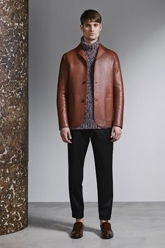 Jeffrey Rüdes brown leather jacket